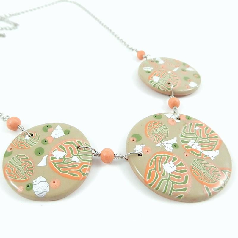 Jolissime collier corail rond 1 2